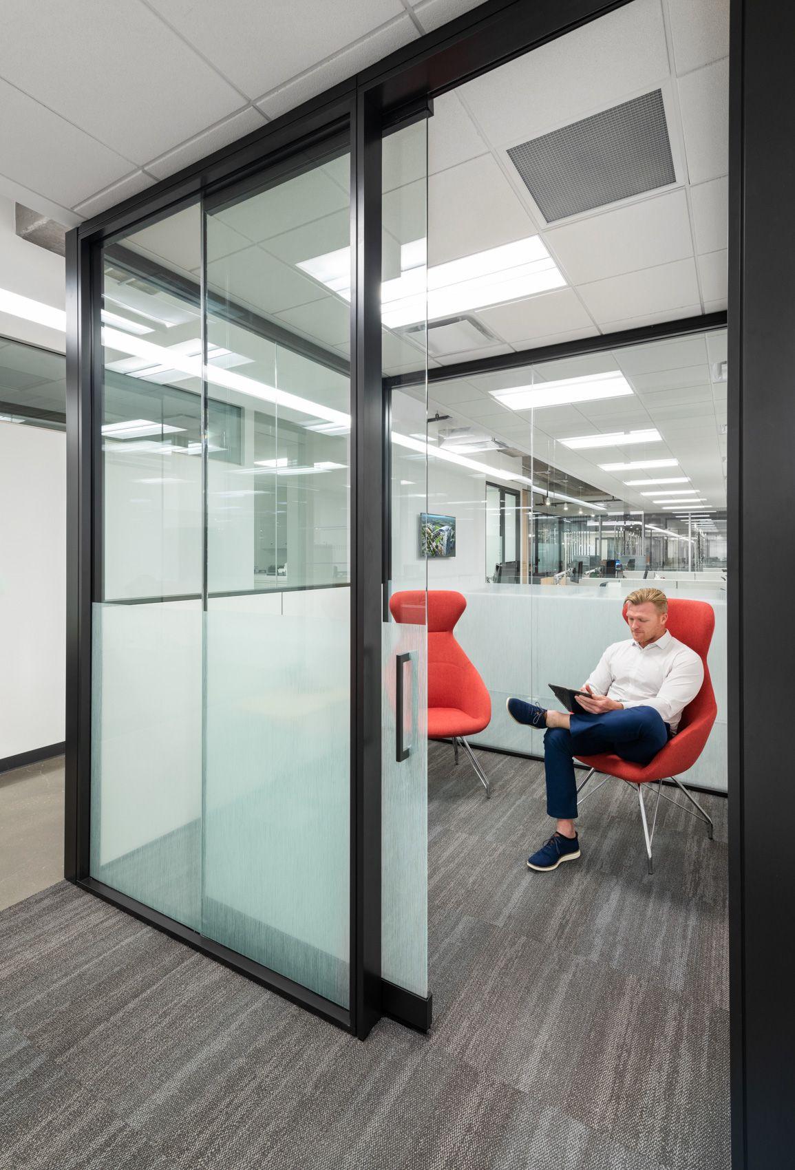 Office (30).jpg