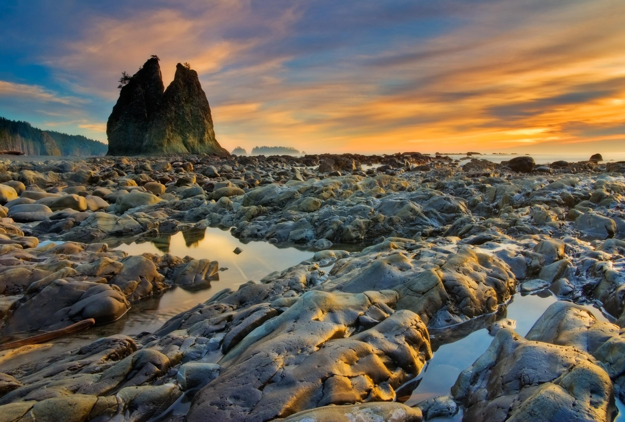 Rialto Seastack Sunset