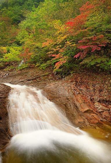Lower Falls, Biryeong