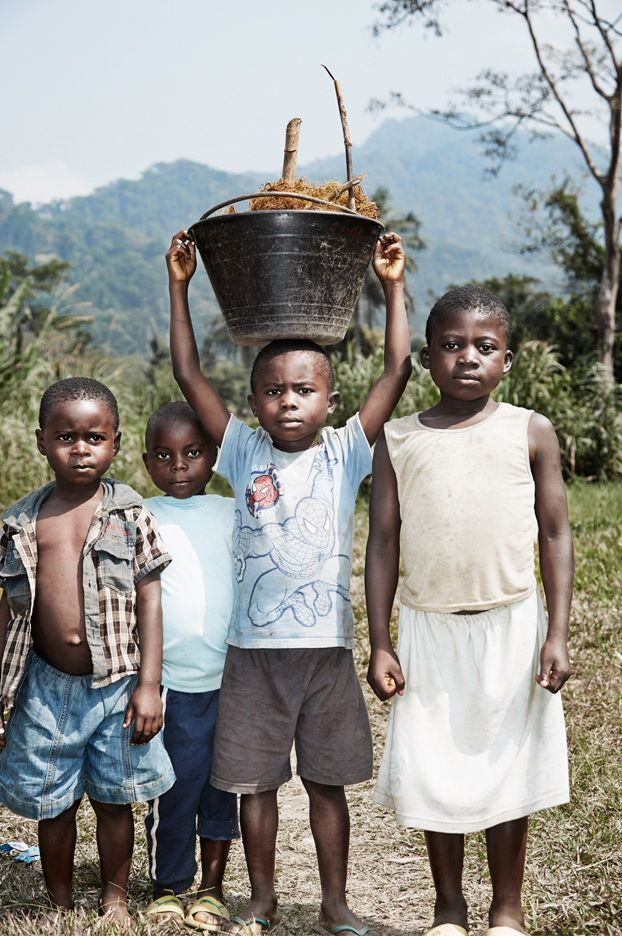 1cameroon_watercollective_watercrisis_06.jpg