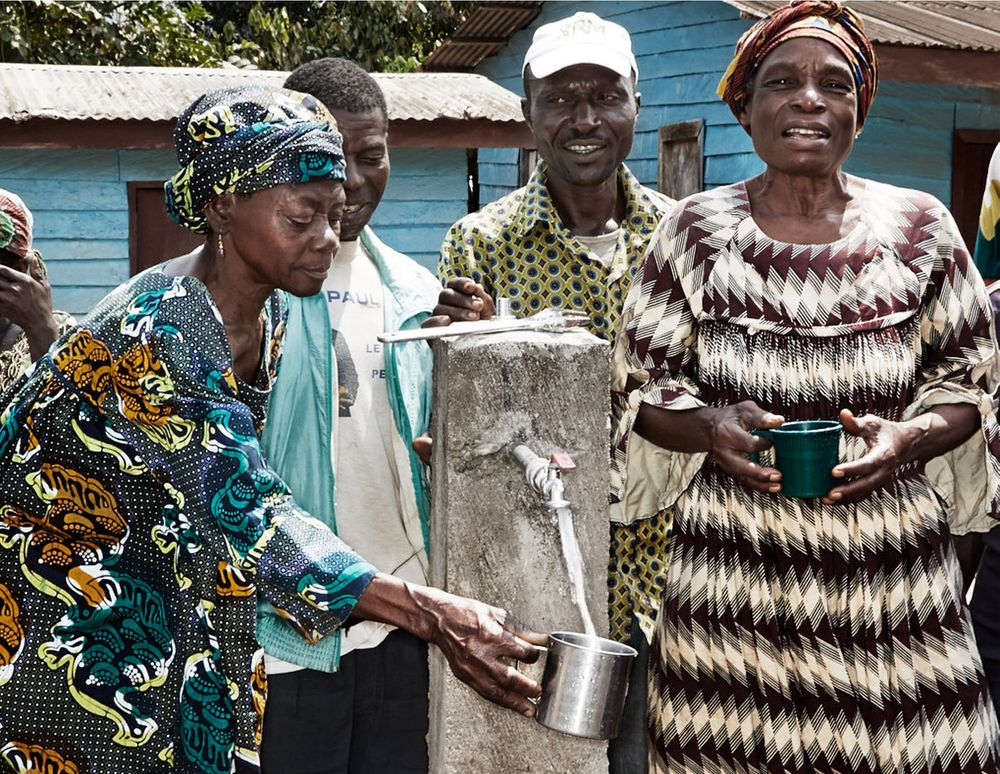 1cameroon_watercollective_watercrisis_12.jpg