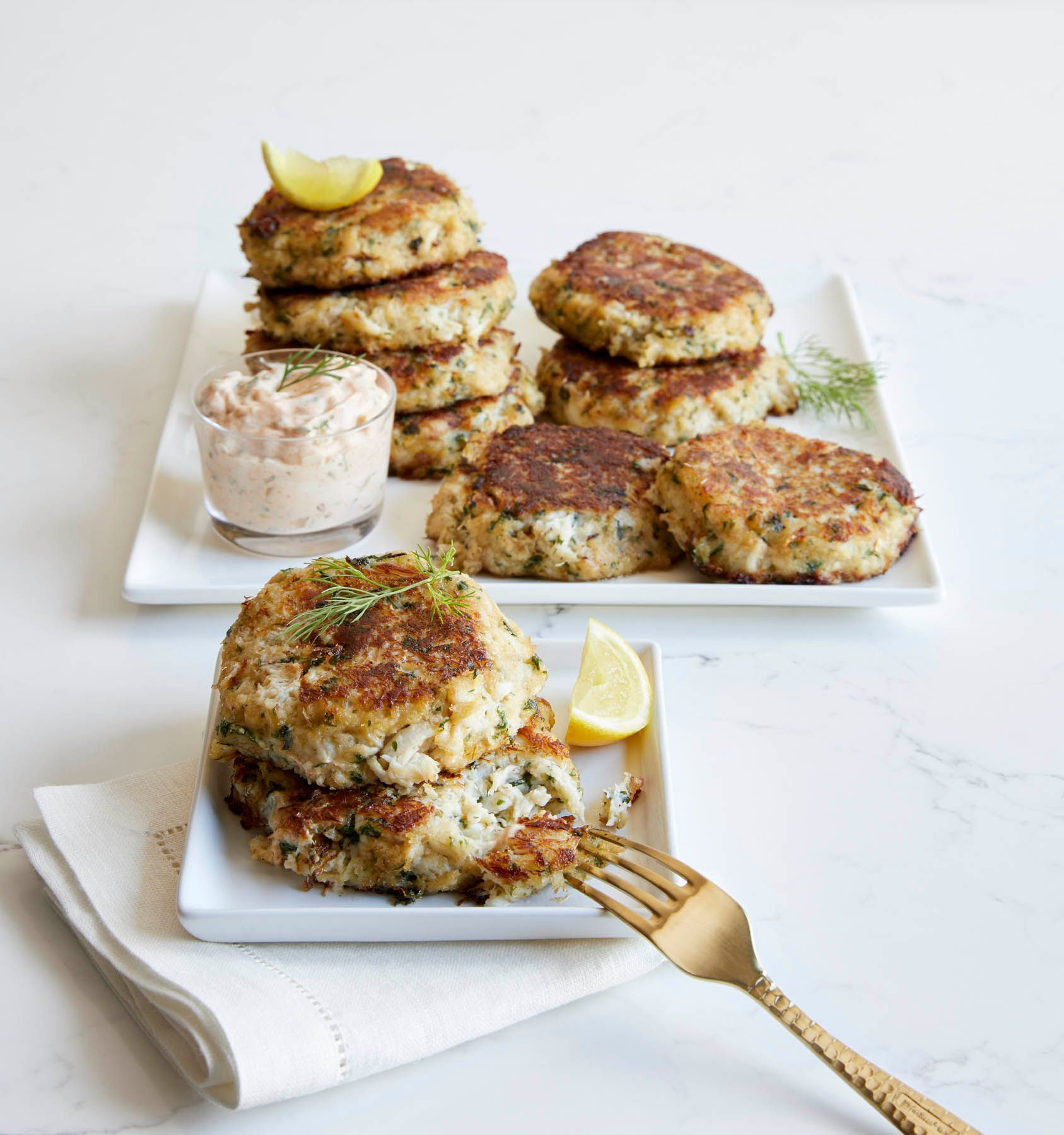 20_CULINAIRE_CRABCAKES_H3S47_HB17_PB.jpg