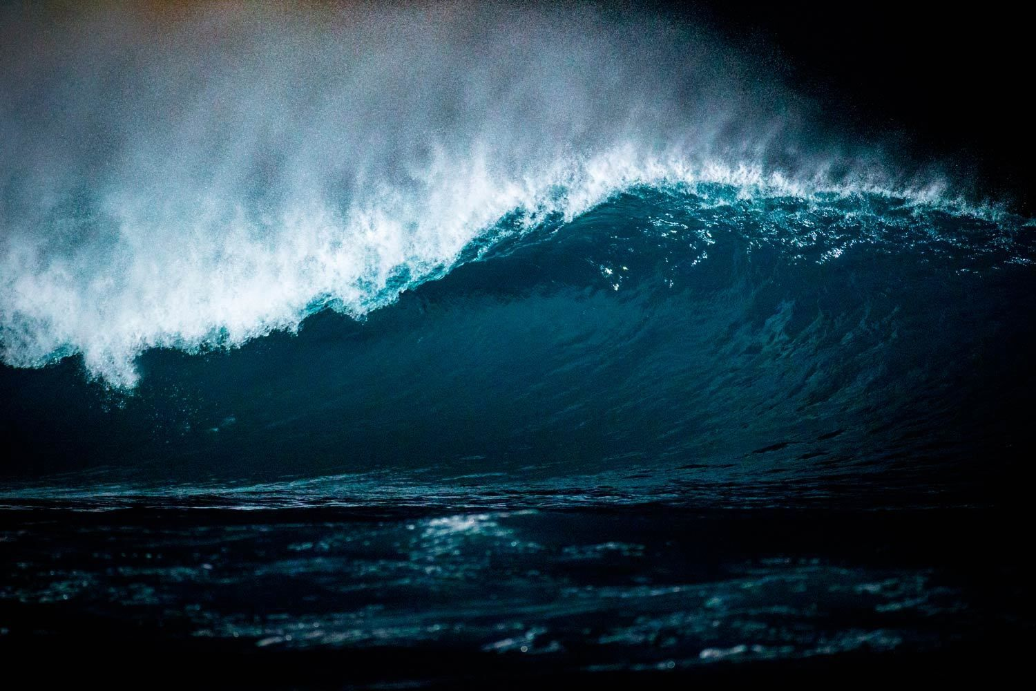 Pipeline on the north shore of Oahu, HI