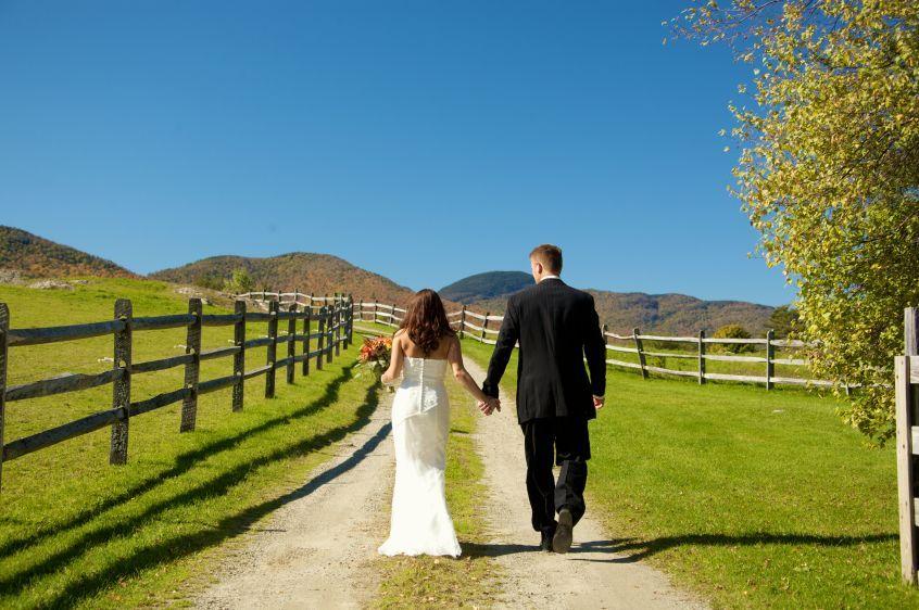 Landwehrle Photography wedding fall wedding Stowe Vermont elopement in Vermont