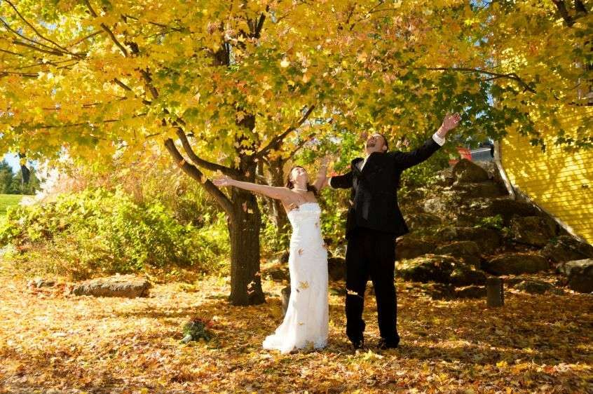 Landwehrle Photography wedding fall wedding Stowe Vermont elopement in Vermont