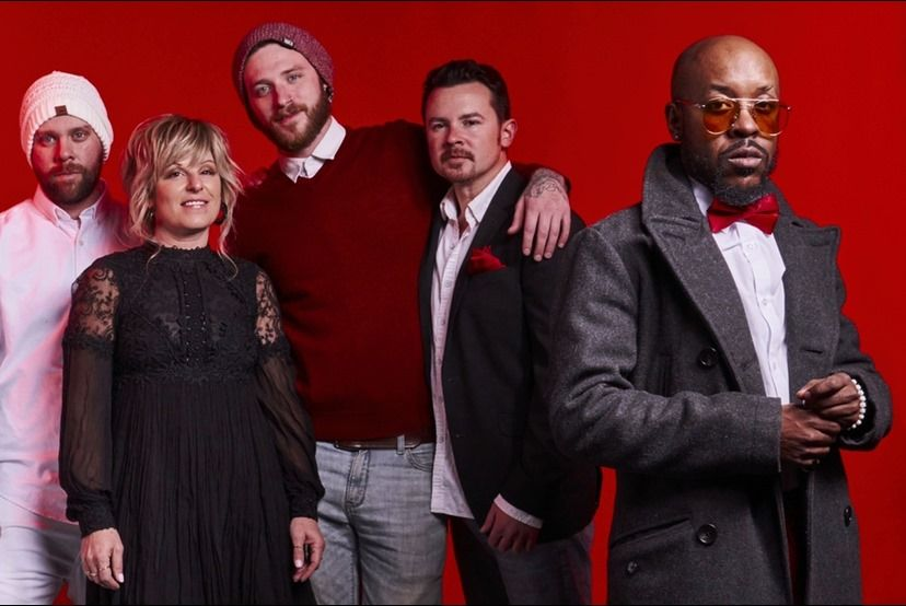 red daMOOD band photo.jpg