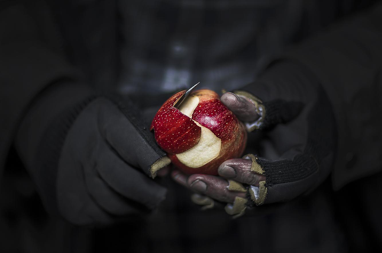 Rooster_Rebellion_Fringe_Theatre_apple.jpg