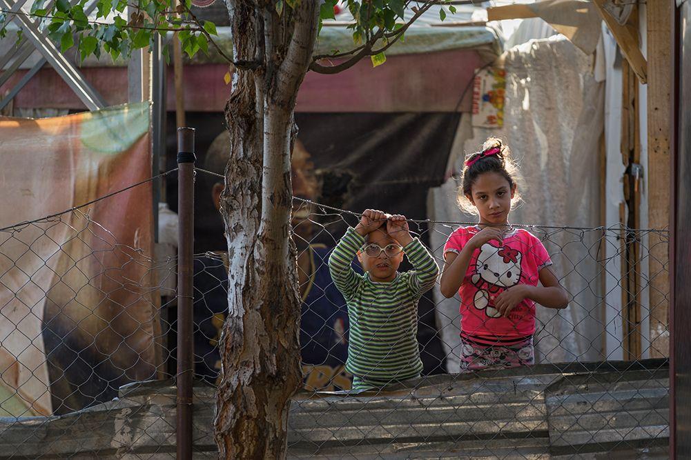 Syrian refugee siblings