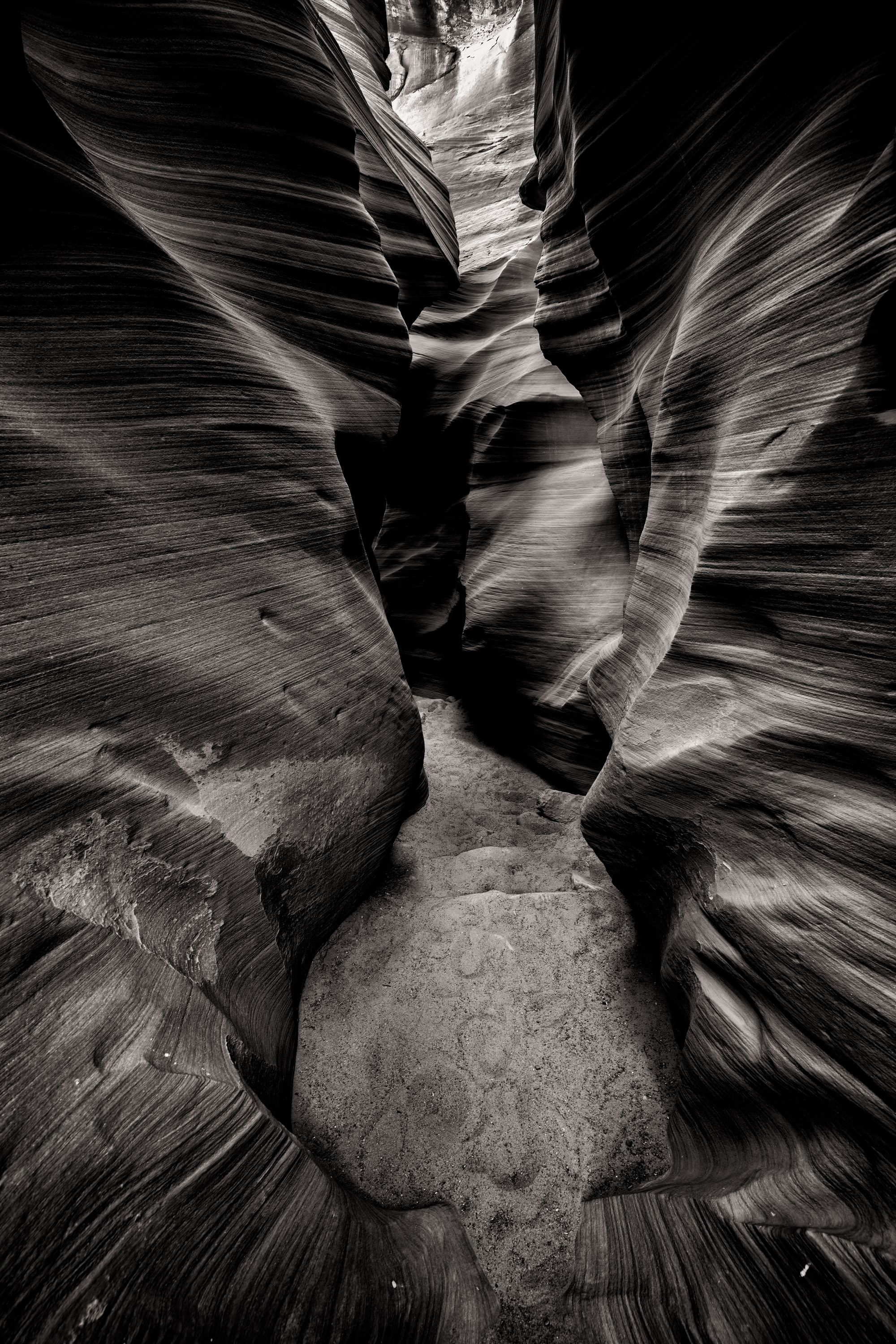 SecretCanyon1bw.jpg