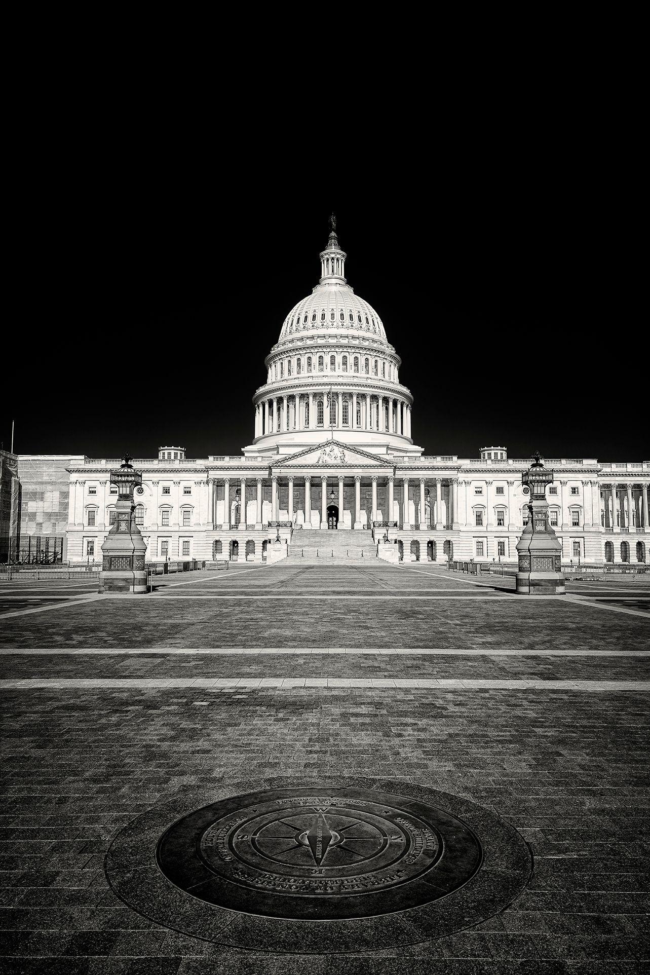 Capitol4bw.jpg