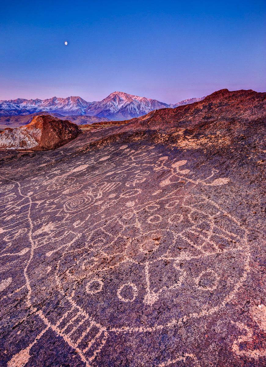 Piute Petroglyphs and Full Moon