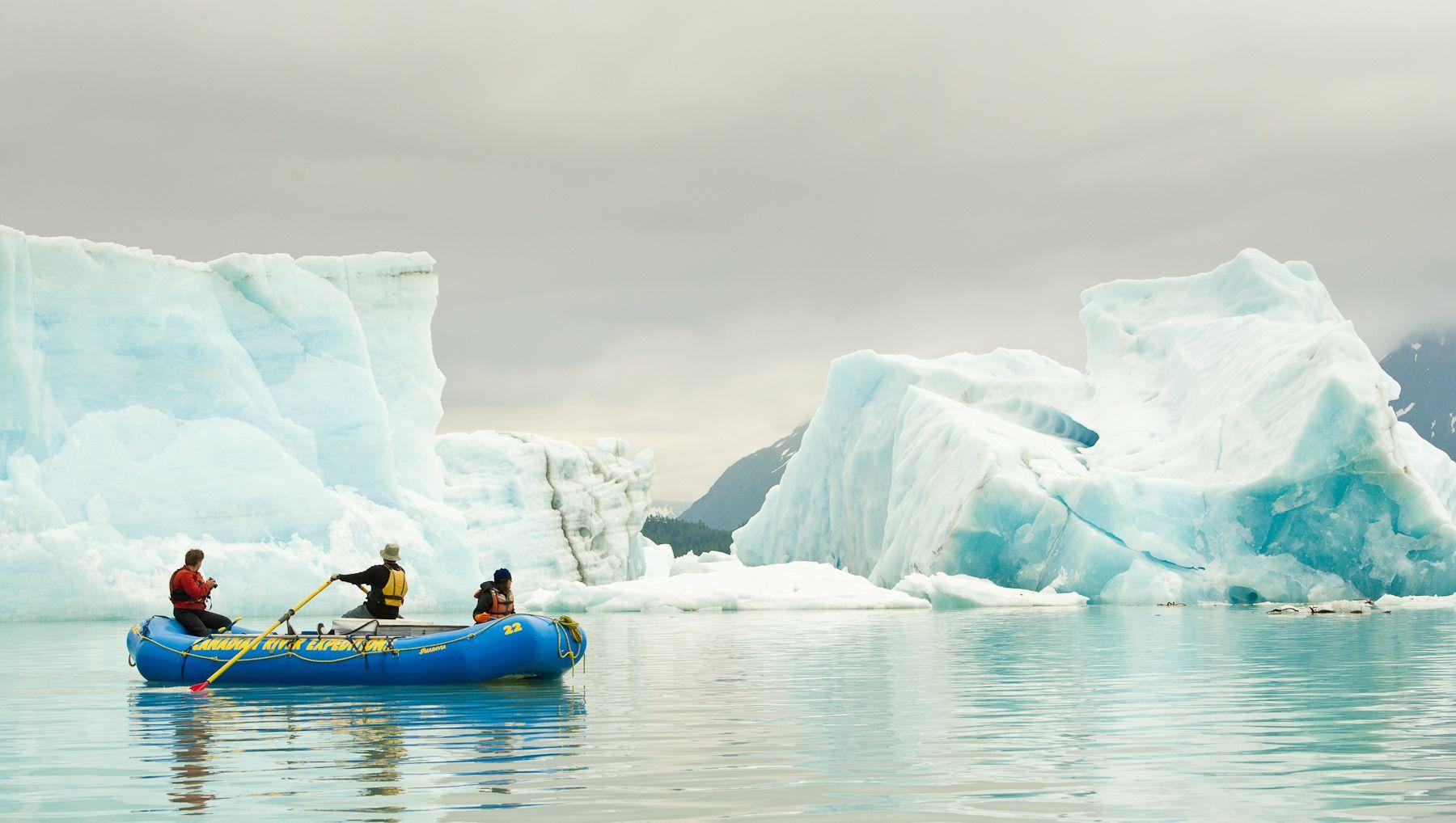 Navigating Icebergs on Alsek Lake