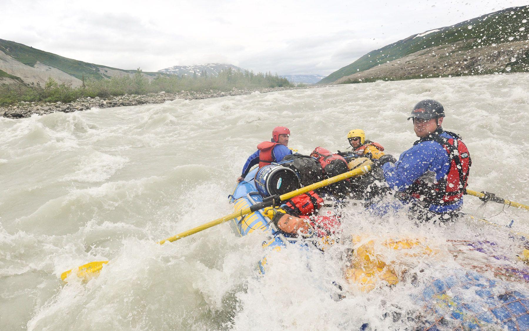 Mike Neville navigates Lava North on the Alsek River