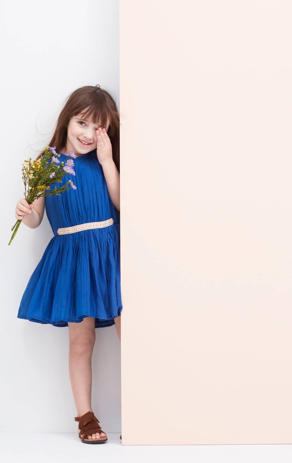 Magnuson_Vel17_flower_web.jpg