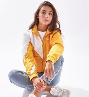 Makeup and hair by Erica Gomes for Reebok.