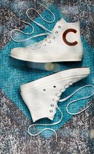 Vinnie-Converse1.jpg