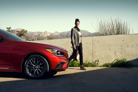 Wardrobe Styling by Daria Maneche for Hyundai. Photography by Marcus Philliip Sauer.