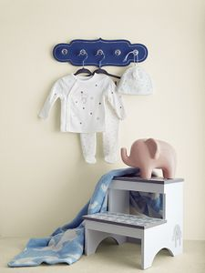 Prop styling by Beth Wickwire for TJMaxx.