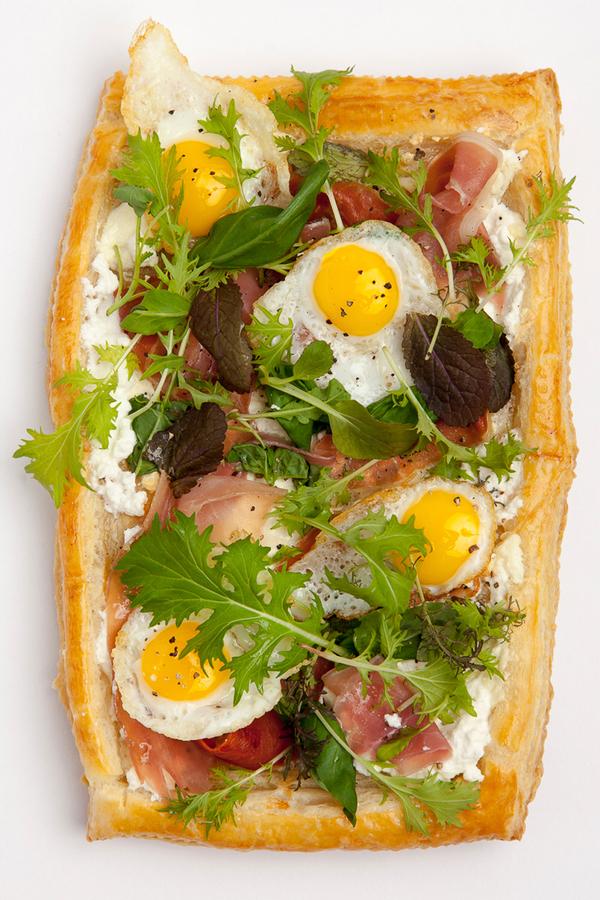 lkd_egg_pizza.jpg
