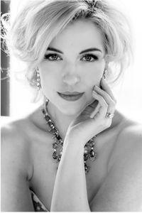 Liz-Bridal3.jpg