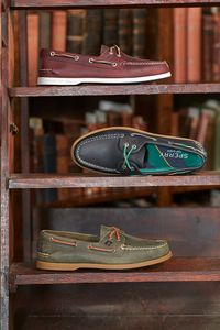 Prop styling by Alethia Weingarten for Sperry. Production by Point Productions