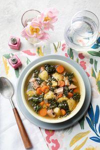 Food by @monicafoodstylist @ennisinc Prop styling @vincentrussodesigns for @hannafordmkts Photo @adamdetour