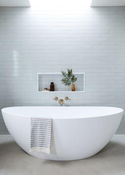 Amy-Bathroom2.jpg