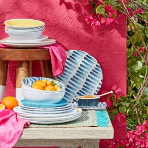 styled by @bethwickwire @ennisinc for @homesense_us photos @krauthphoto