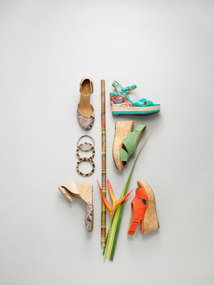 Prop styling by Beth Wickwire for Clarkes shoes.