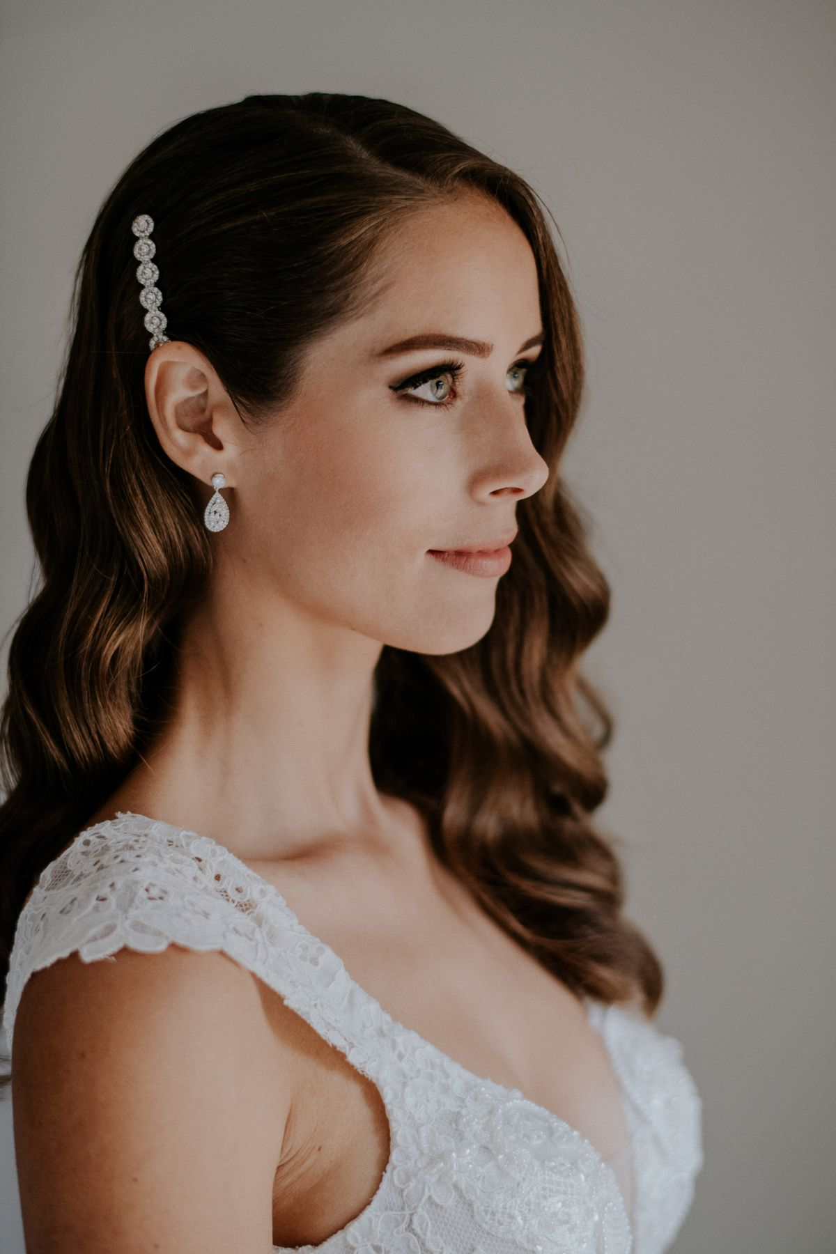 Hollywood wave & smokey eye, stunning bridal hair & makeup