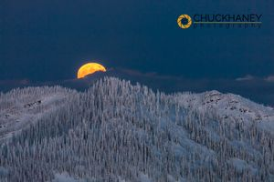 Big-Mtn-Moonrise_041-copy.jpg