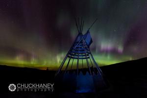 Aurora-borealis-Tipi_005-437.jpg