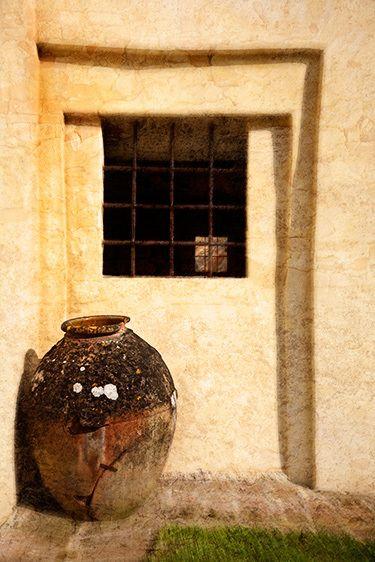 Antique Urn, Castel del Piano 2010