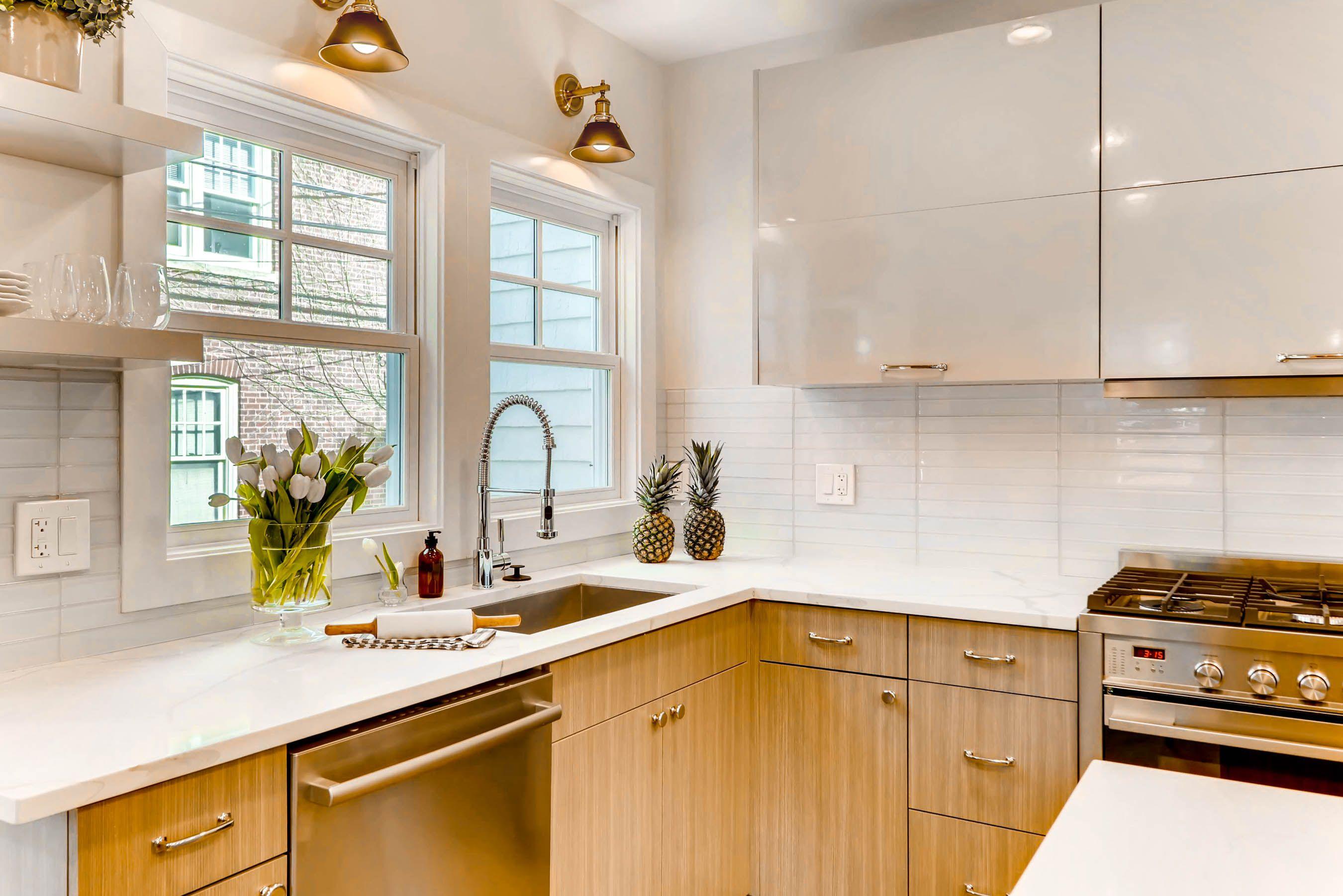 321 Hamilton St Evanston IL-print-012-27-Kitchen-2700x1801-300dpi.jpg