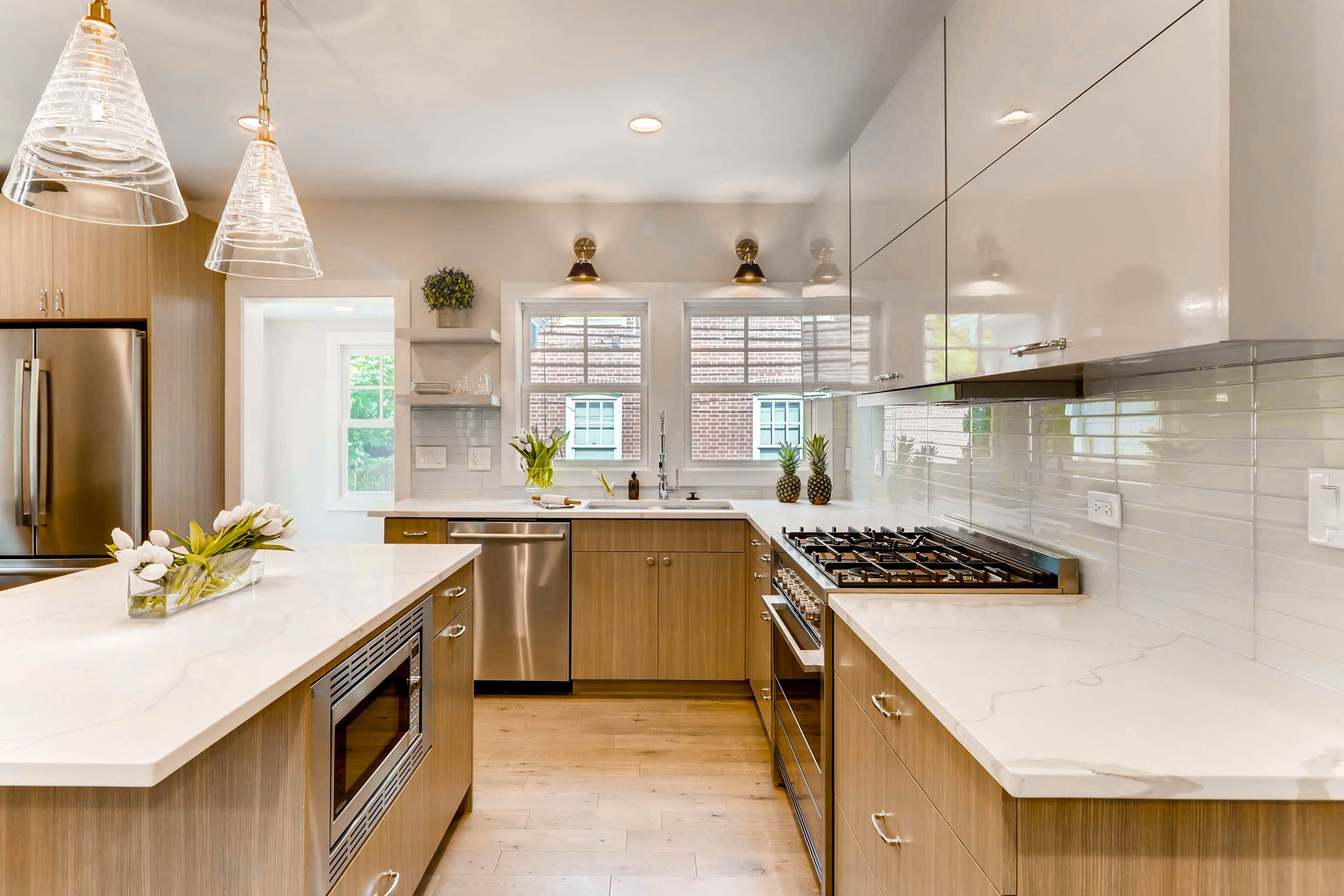 321 Hamilton St Evanston IL-print-011-20-Kitchen-2700x1800-300dpi.jpg
