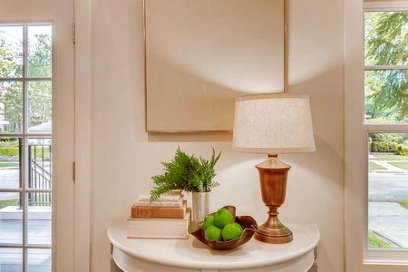 321 Hamilton St Evanston IL-print-007-21-Living Room Detail-2700x1800-300dpi.jpg