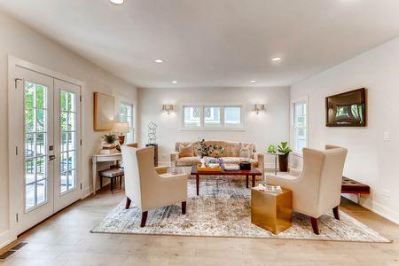 321 Hamilton St Evanston IL-print-005-28-Living Room-2700x1800-300dpi.jpg
