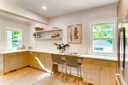 321 Hamilton St Evanston IL-print-013-22-Kitchen-2700x1800-300dpi.jpg