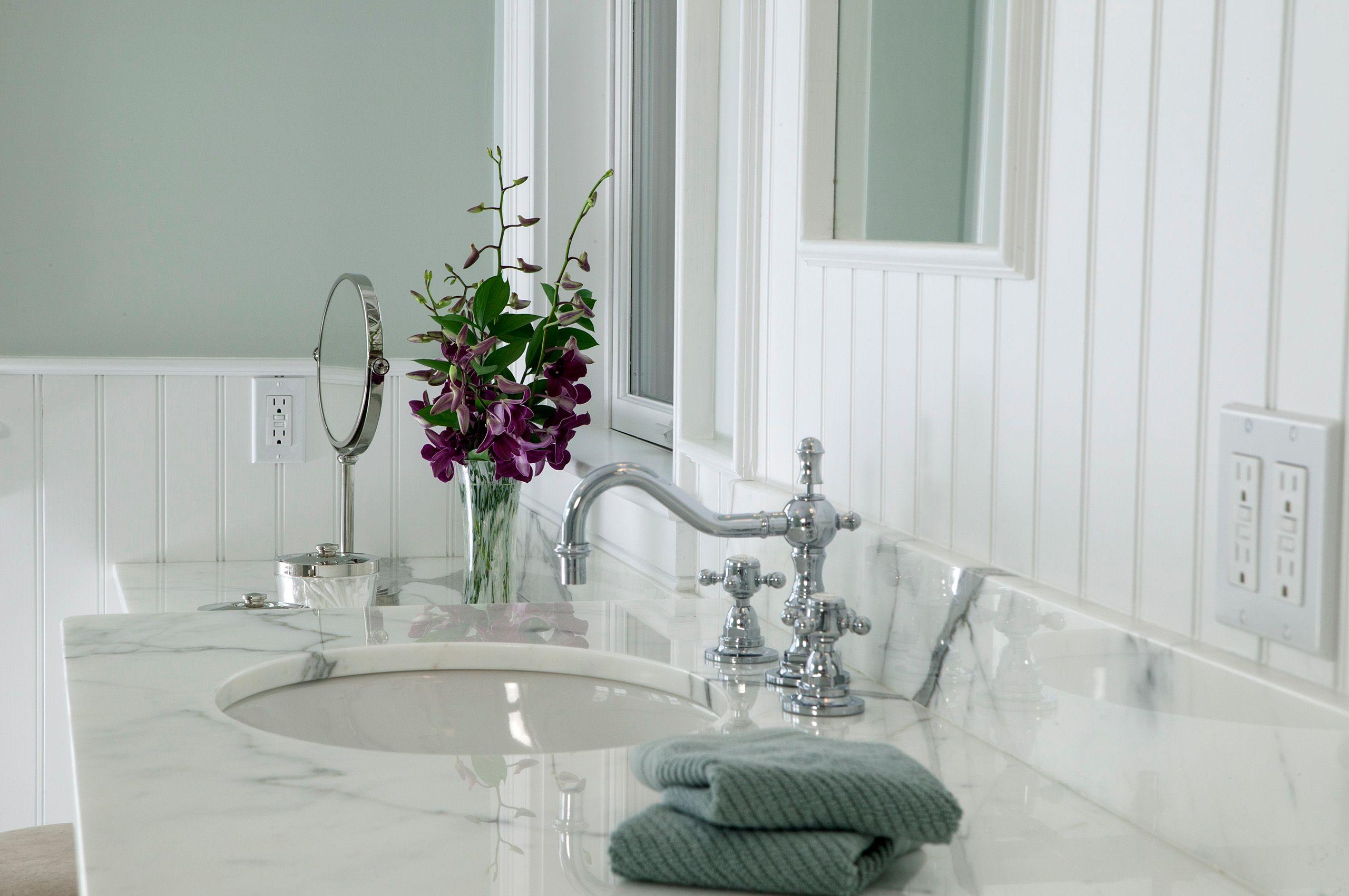 Bathroom CA0138.jpg