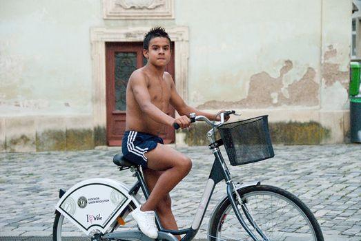 1Boy_on_Bike__Cluj_1_lb