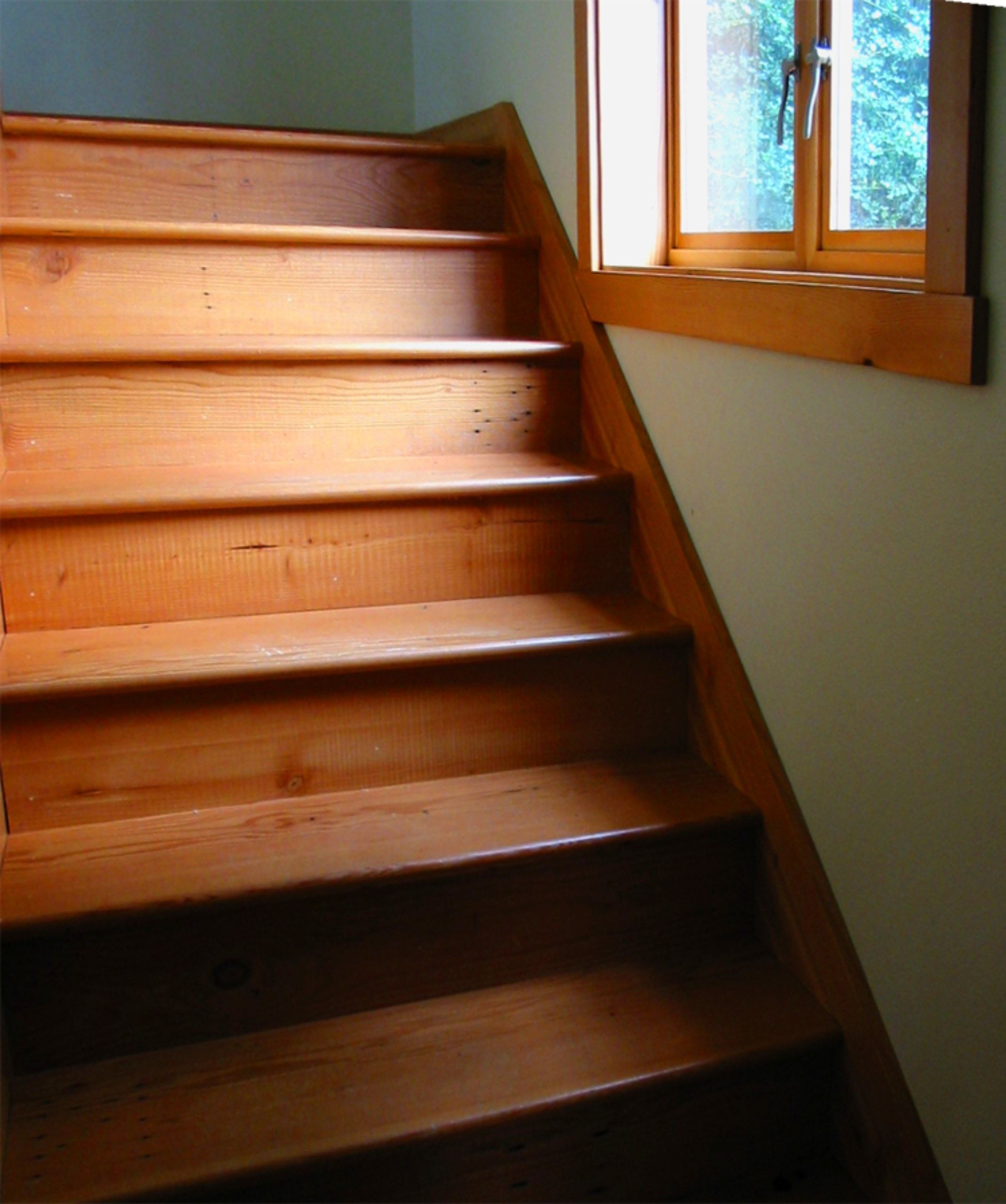 Recycle fir stair