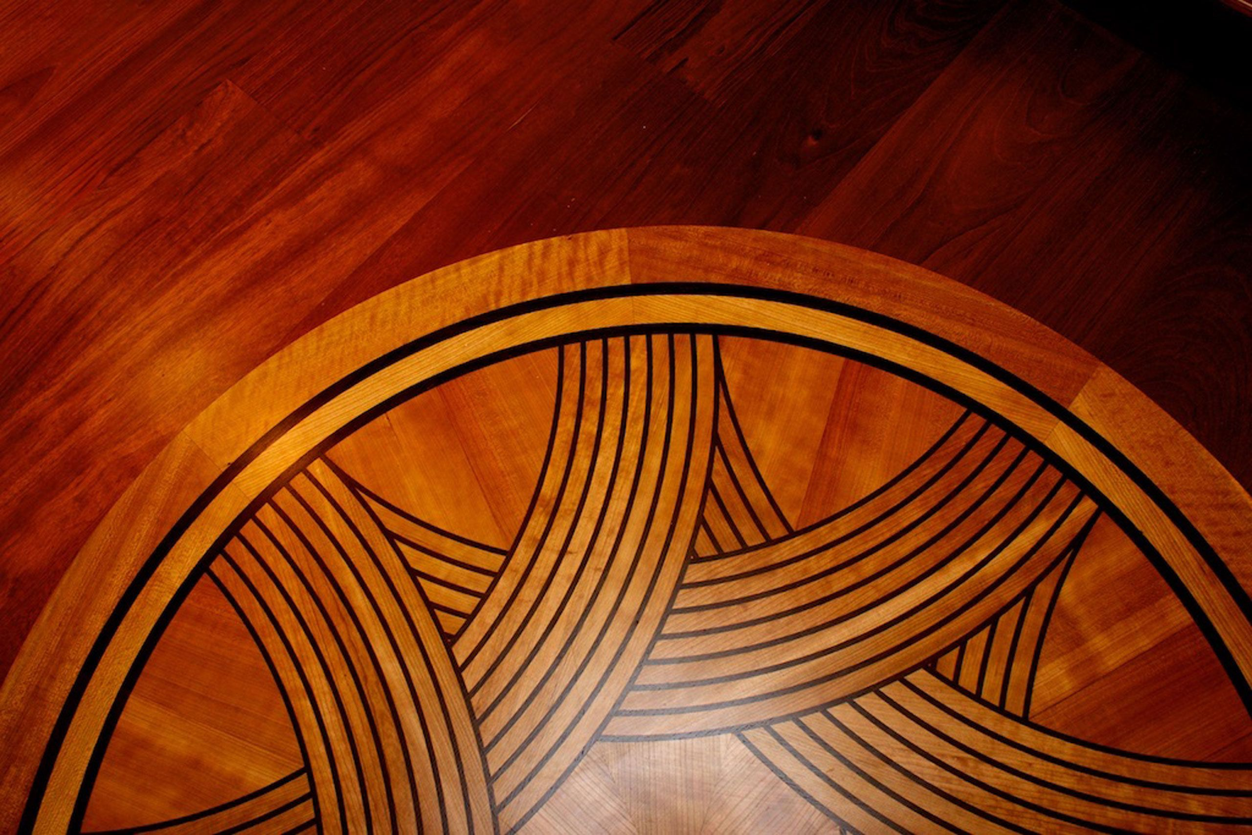 Medallion in Jatoba floor