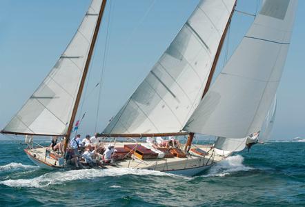 """NY40  """"Rugosa"""" Racing at the Opera House Cup, Nantucket, MA 2015"""