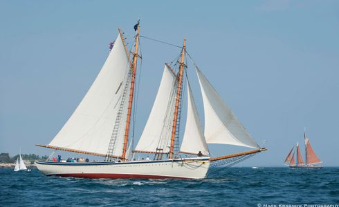 The Schooner American Eagle & the Schooner Roseway Sailboat Art print
