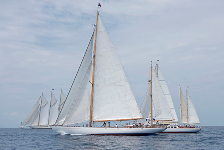 Adix, Nordwind and Dragonera in Antigua
