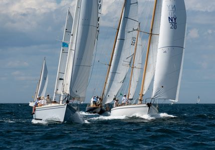 Zingara and Siren Heading for Great Point Light