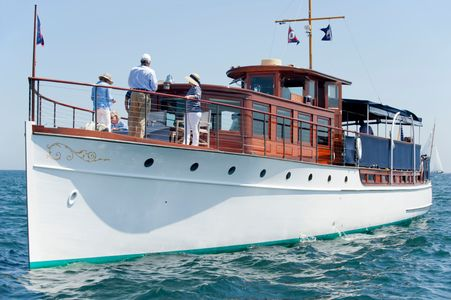 Belle - Classic Yacht at the Opera House Cup, Nantucket, MA