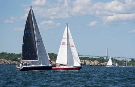 Razor's Edge and Aggressive at the Newport to Bermuda Start 2016