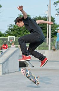 Skateboarder getting hang time