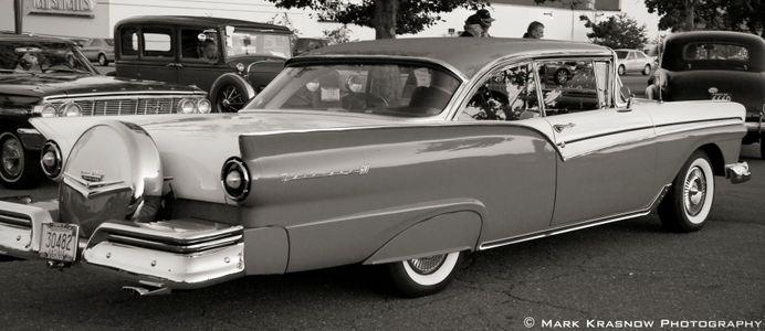 Ford Fairlane Classic b&w
